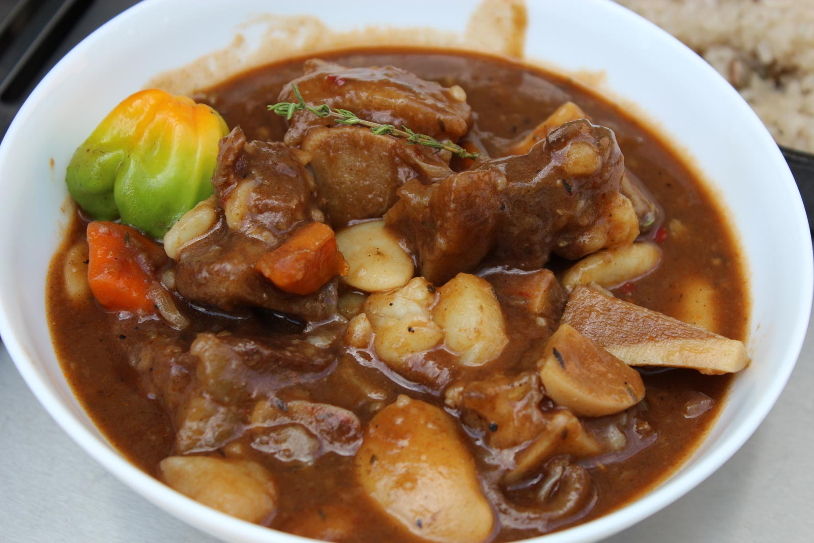 Braised Cow Foot with Beans