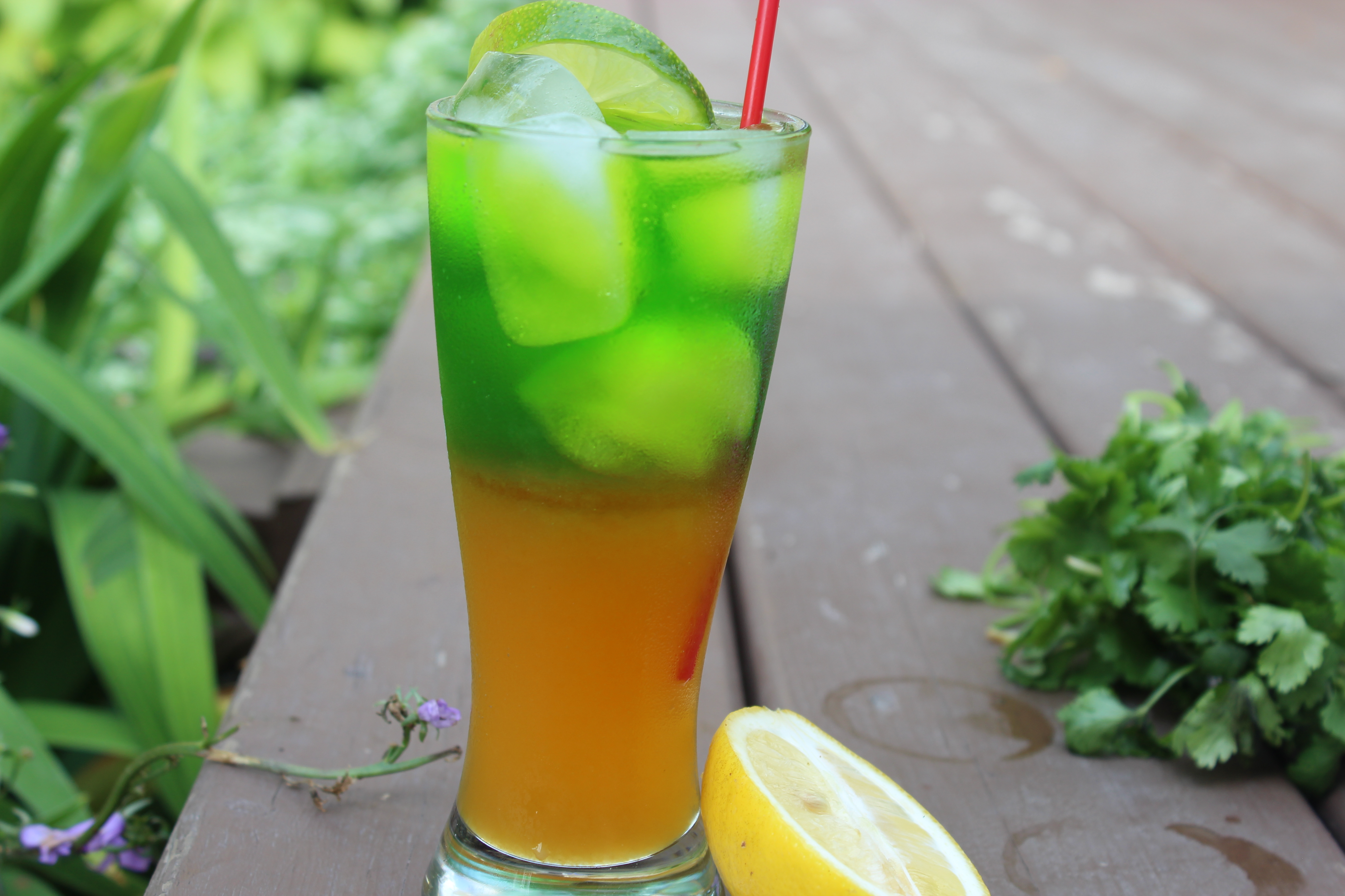 Mango-kiwi Cocktail