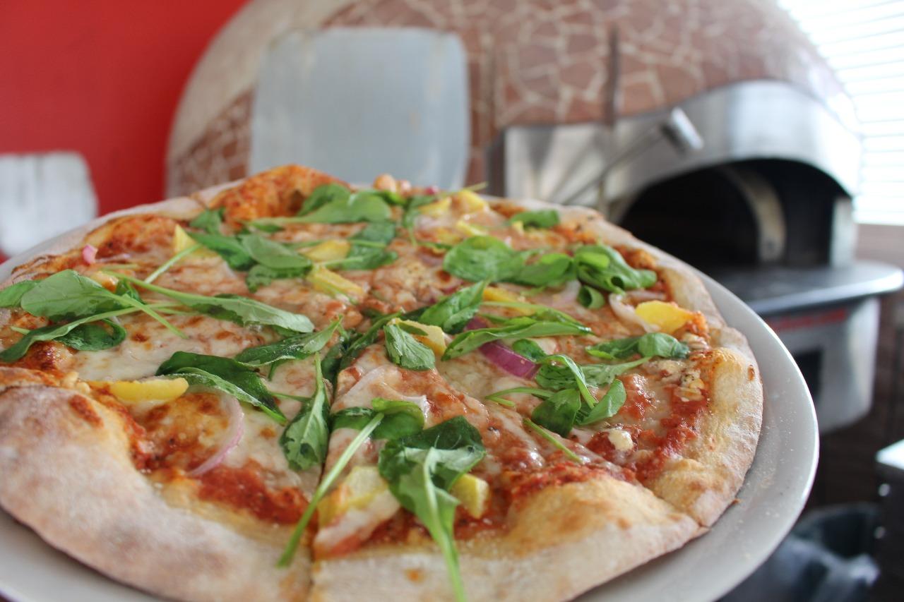 Mango Pizza with Arugula